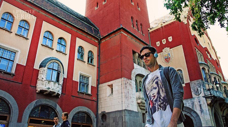 http://lifestyle.serbia.travel/portfolio/subotica-city-hall/